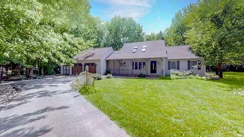 1705 Lake Shore, Mahomet, IL 61853