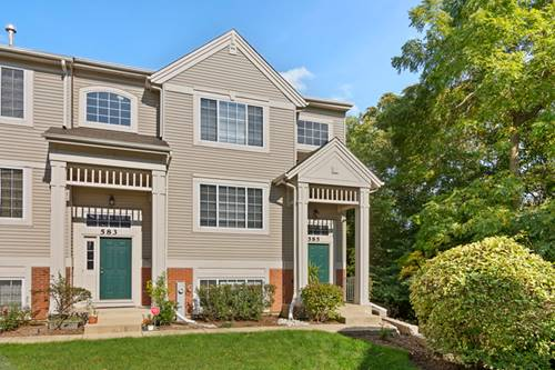 585 Cary Woods, Cary, IL 60013