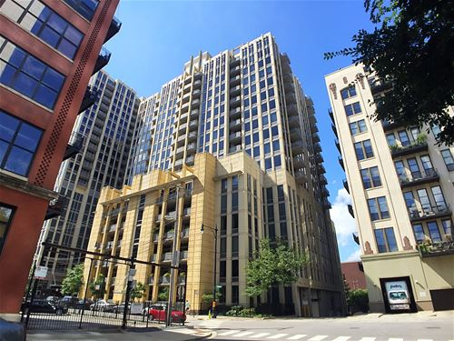 720 N Larrabee Unit 1102, Chicago, IL 60610 River North