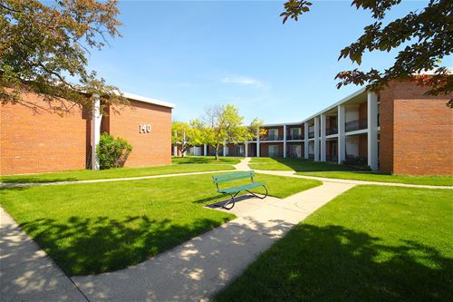 140 E Lake Unit 12B, Elmhurst, IL 60126