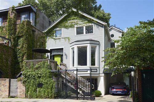 152 W Schiller, Chicago, IL 60610