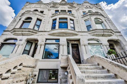 3913 S King, Chicago, IL 60653