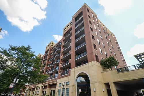 811 W 15th Unit 701, Chicago, IL 60608