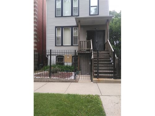 4612 S Langley, Chicago, IL 60653