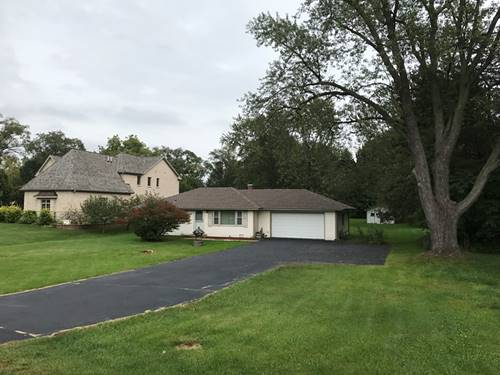 107 N Schoenbeck, Prospect Heights, IL 60070