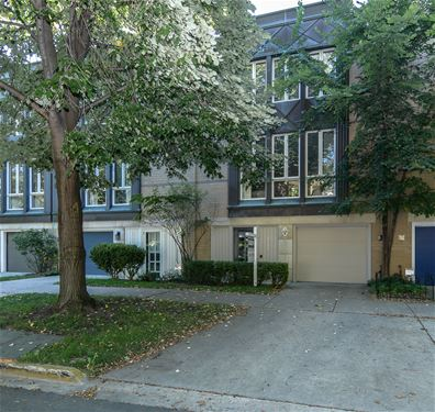 2132 N Lakewood, Chicago, IL 60614 West Lincoln Park
