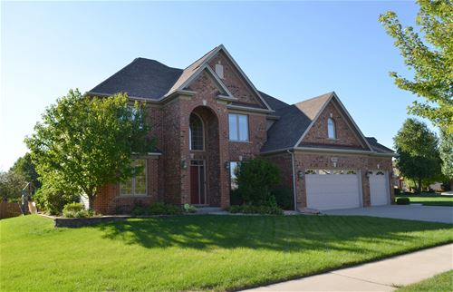 26024 Whispering Woods, Plainfield, IL 60585