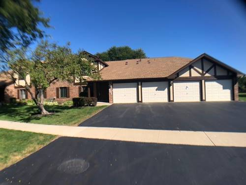 601 Cumberland Unit A-2, Roselle, IL 60172