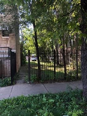 930 N Lawndale, Chicago, IL 60651