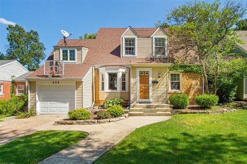 209 Grant, Clarendon Hills, IL 60514