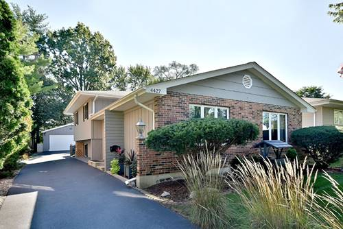 4427 Wilson, Downers Grove, IL 60515