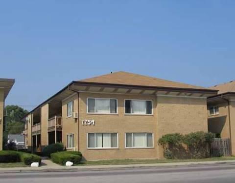 1754 E Oakton Unit 201, Des Plaines, IL 60018