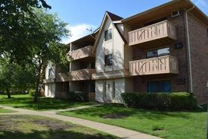 5 Echo Unit 12, Vernon Hills, IL 60061