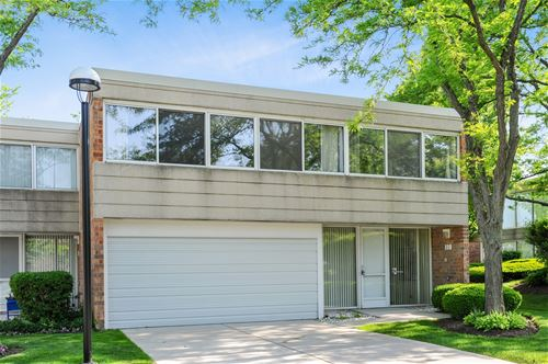 118 Wellington, Northbrook, IL 60062