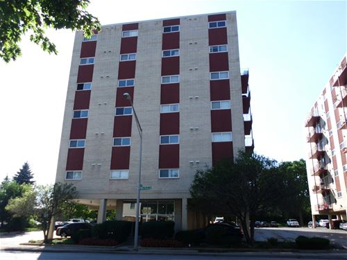 1037 Des Plaines Unit 301, Forest Park, IL 60130