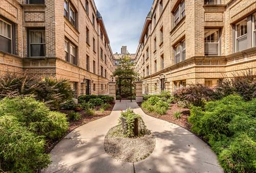 1362 W Greenleaf Unit 2A, Chicago, IL 60626