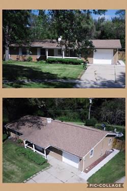 906 S Park, Streamwood, IL 60107