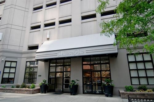 33 W Delaware Unit 8E, Chicago, IL 60610 Gold Coast