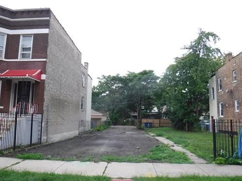 1112 N Ridgeway, Chicago, IL 60651