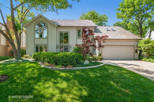 1250 Champion Forest, Wheaton, IL 60187