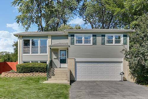 2212 Apache, Woodridge, IL 60517