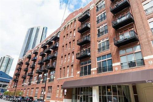 360 W Illinois Unit 423, Chicago, IL 60654 River North