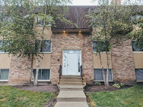 152 S Waters Edge Unit F, Glendale Heights, IL 60139