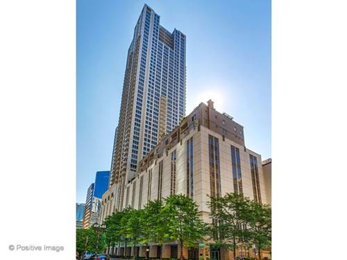 55 E Erie Unit 3904, Chicago, IL 60611 River North