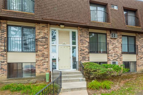 163 N Waters Edge Unit 102, Glendale Heights, IL 60139