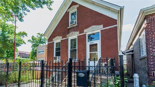 1810 N Fairfield, Chicago, IL 60647