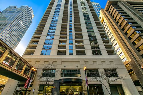 200 N Dearborn Unit 4604, Chicago, IL 60601 Loop