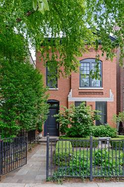 2107 N Clifton, Chicago, IL 60614 West Lincoln Park