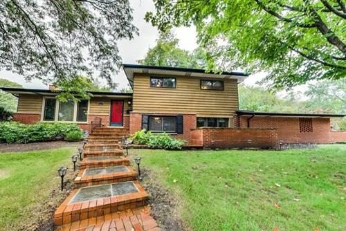 1650 Village Green, Deerfield, IL 60015