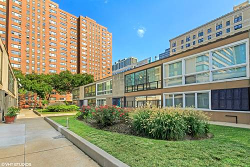 2906 N Sheridan, Chicago, IL 60657 Lakeview