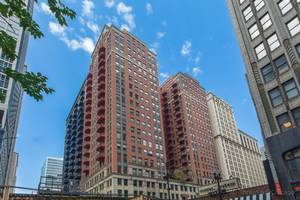 208 W Washington Unit 1010, Chicago, IL 60606 Loop