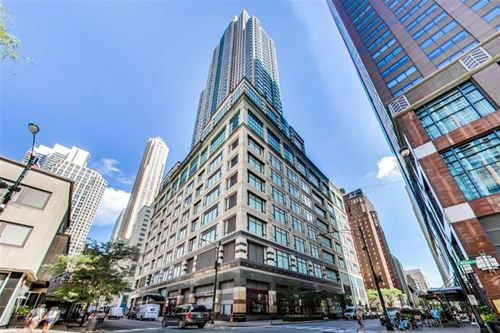100 E Huron Unit 2905, Chicago, IL 60611 River North