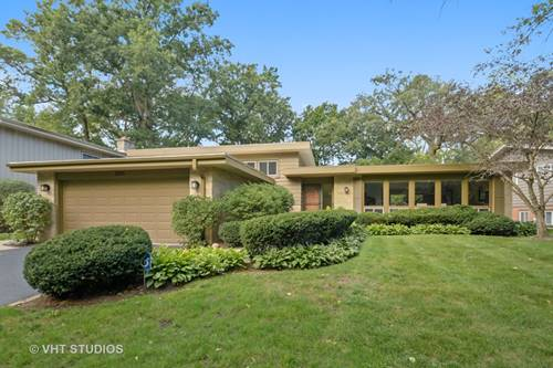2896 Twin Oaks, Highland Park, IL 60035