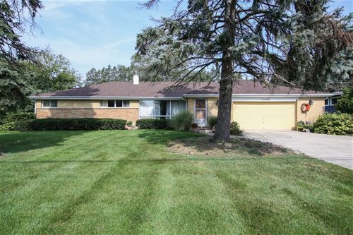 27W160 Jewell, Winfield, IL 60190