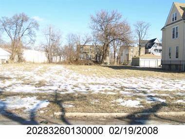 526 W Winneconna, Chicago, IL 60620