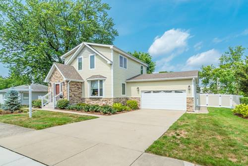 320 3rd, Downers Grove, IL 60515