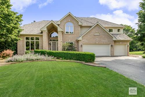 40 Oak Creek, Yorkville, IL 60560