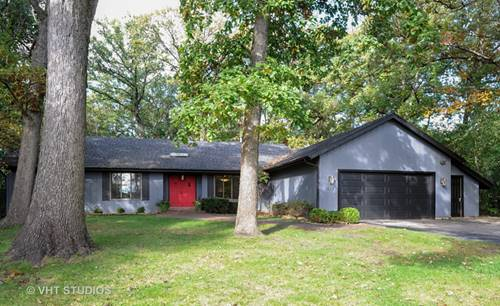 1828 White Fence, Green Oaks, IL 60048