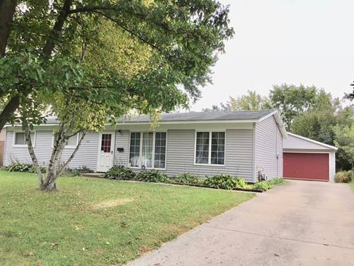 25 Wyndham, Montgomery, IL 60538