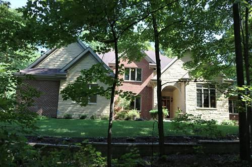 838 Riverside, Belvidere, IL 61008