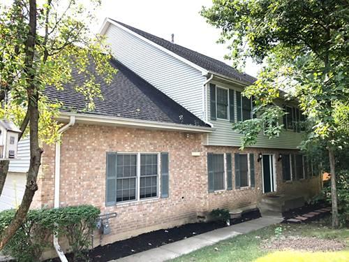 1352 Laurel Oaks, Streamwood, IL 60107