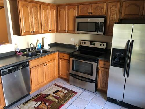 162 S Waters Edge Unit 201, Glendale Heights, IL 60139