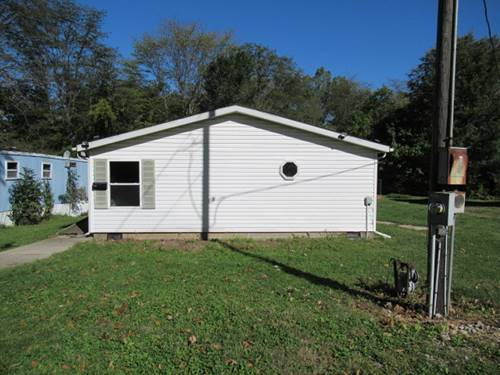 613 E Dodge, Farmer City, IL 61842