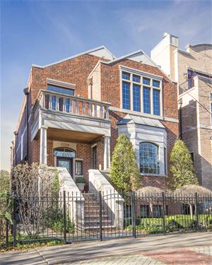 2724 N Bosworth, Chicago, IL 60614 West Lincoln Park