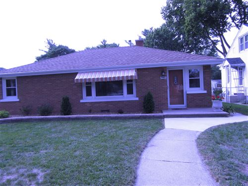 945 S 8th, Kankakee, IL 60901