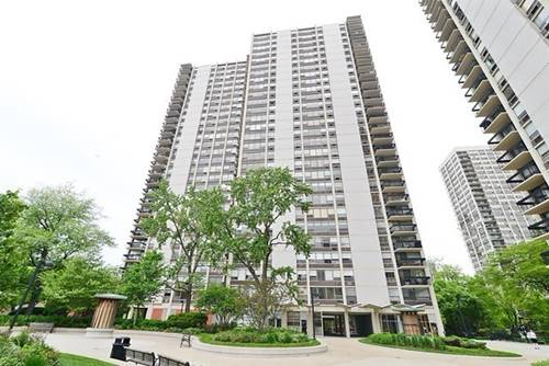 1360 N Sandburg Unit 1610, Chicago, IL 60610 Old Town